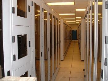 ruangan komputer server