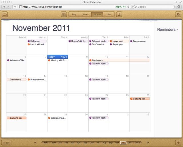 Viewing a calendar on iCloud.com